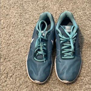 Nike Flex Bijoux Teal/ light blue tennis shoes